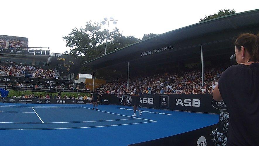 Insolite : Les Savea, futures stars du tennis ?