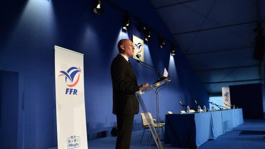 [ Dossier FFR ] Bernard Laporte : « Je ne veux pas perdre le fil avec le terrain »