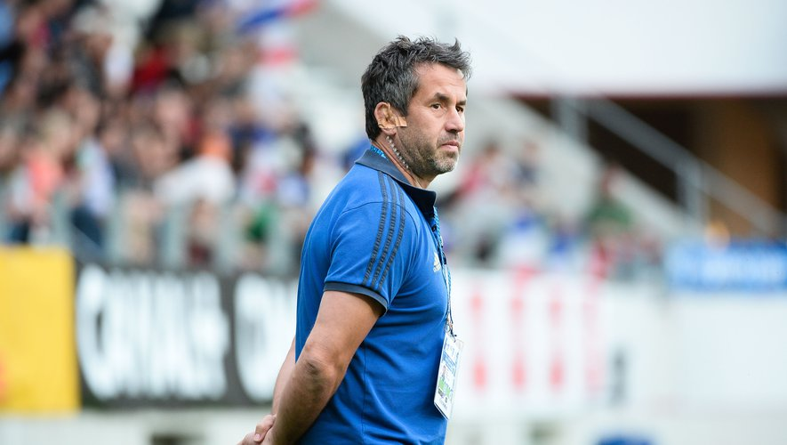 """[VIDEO] Frédéric Pomarel: """"Aujourd'hui toutes les équipes proposent un VII cohérent"""""""