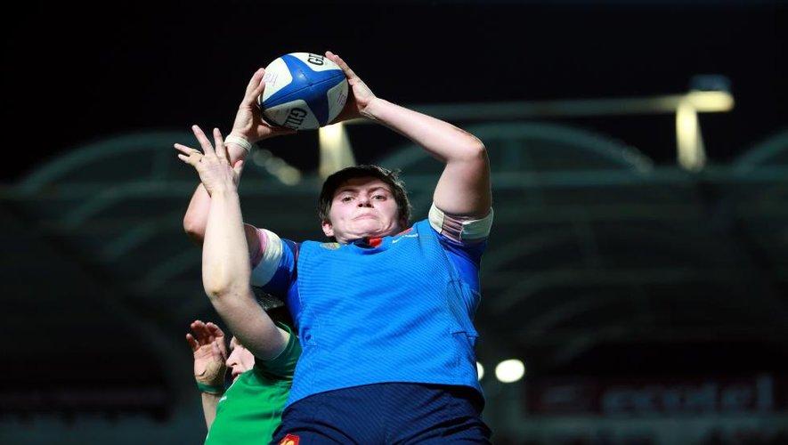"""<p class=""""txt-legende-2011""""><B>Audrey Forlani, une des meilleures joueuses du match. D.P.</B></p>"""