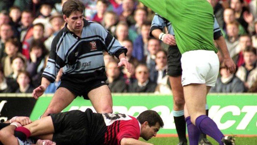 """<p class=""""txt-legende-2011""""><B>Jérôme CAZALBOU - 07.01.1996 - Toulouse / Cardiff RFC - Première Finale de la H Cup Photo : Bernard Garcia</B></p>"""