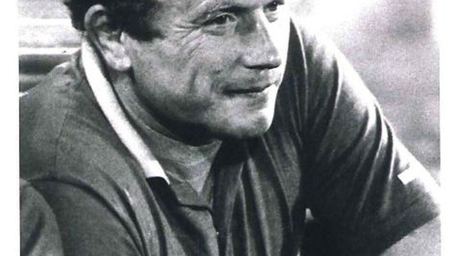 Francis Mas : l'homme des deux rugbys