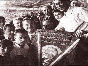 1964, le premier doublé