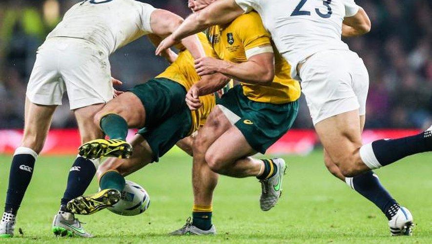 Australie: Hooper suspendu, Folau incertain
