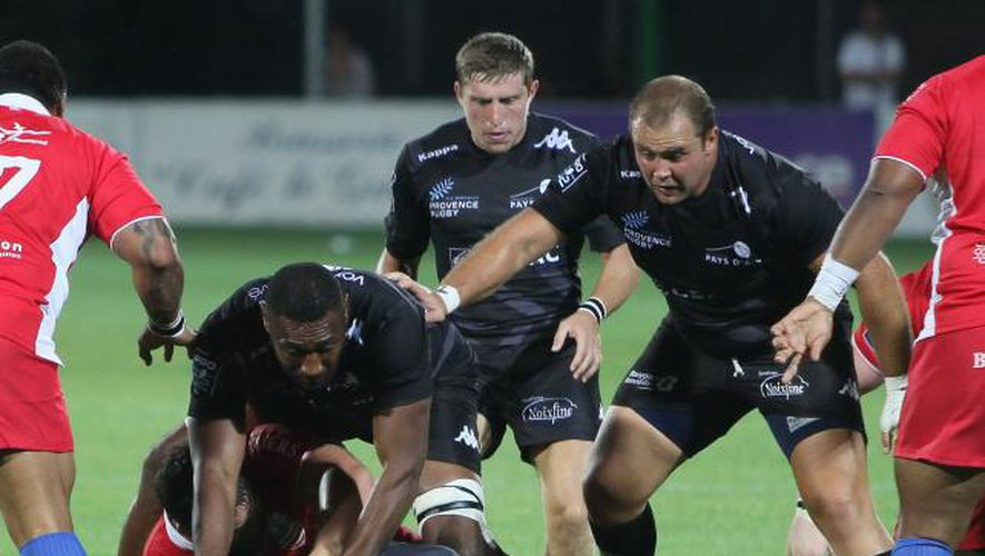 Provence Rugby respire, Biarritz coule