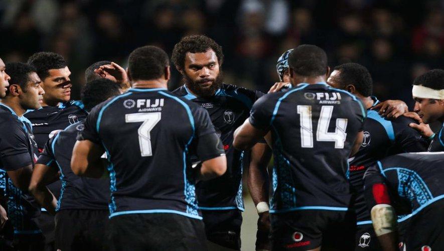 Ces Fidjiens bleu-blanc-rouge