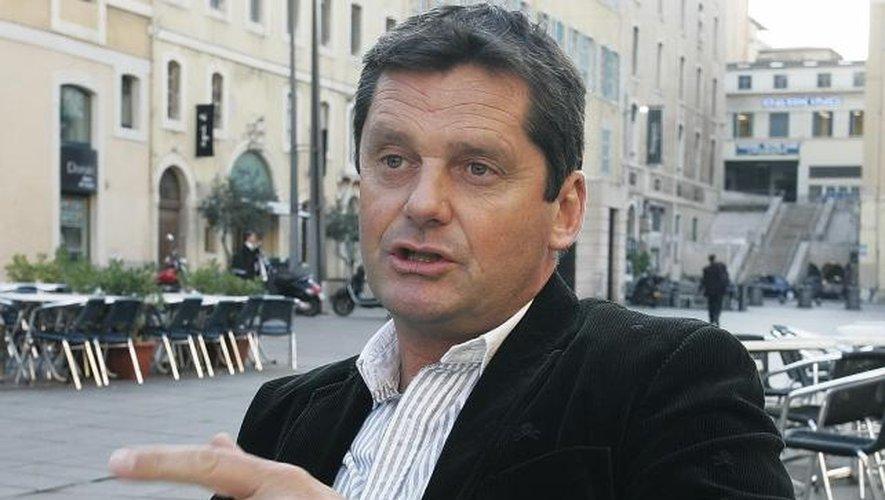 """<p class=""""txt-legende-2011""""><B>Trois des acteurs principaux de la saga du rugby entre Marseille et Aix-en-Provence : Lucien Simon, Dominique Angles et Jean-Philippe Claret.</B></p>"""