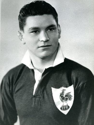 Henri Fourès honora 4 sélections en équipe de France, entre 1950 et 1951
