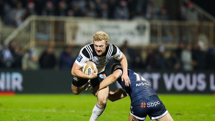 Stuart Olding, après quelques errements extra-sportifs, est redevenu un joueur de rugby à part entière. Pour le plus grand bonheur des Brivistes qui tiennent là un trois-quarts centre polyvalent et performant. Photo Icon Sport