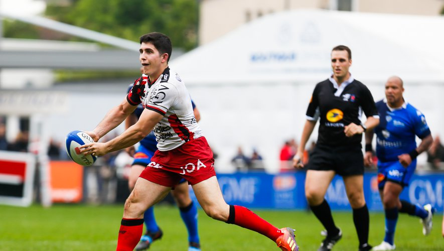 Anthony Belleau (Toulon) contre Castres