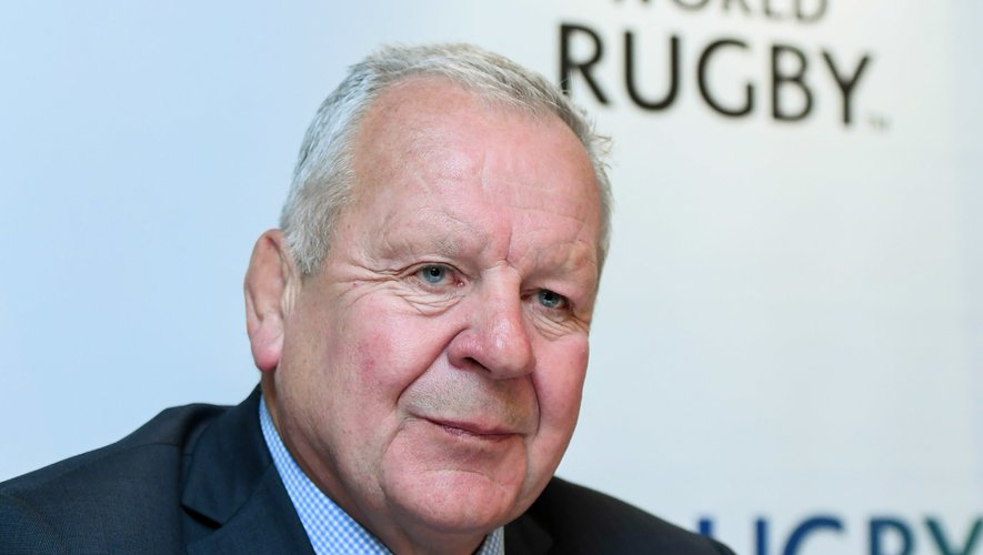 Bill Beaumont et World Rugby abandonnent leur projet de Ligue mondiale.