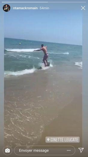 Ntamack surfe sur le Brennus,