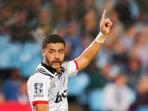 Le duel entre Richie Mo'unga et Beauden Barrett s'annonce décisif pour l'issue du match. Photos Icon Sport