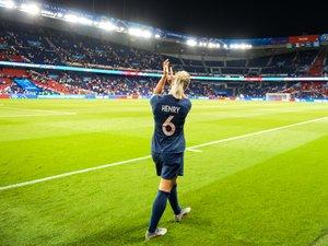 Amandine Henry (capitaine de l'équipe de France de football féminines)