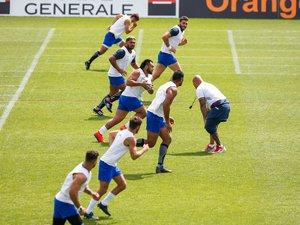 Le préparateur physique Thibault Giroud a commencé à « cuisiner » les joueurs du groupe France sous une forte chaleur.