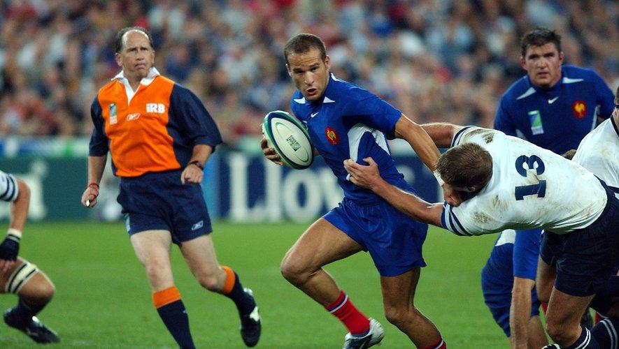 Frédéric Michalak (France) contre l'Écosse lors de la Coupe du monde 2003 où il inscrivit 28 points