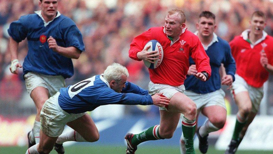 Neil Jenkins (Pays de Galles) contre la France lors du Tournoi des 6 Nations 1999