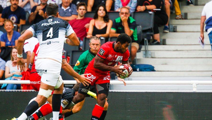 Top 14 - 7ème minute : Noa Nakaitaci inscrit l'unique essai du match.  Les Lyonnais sont victorieux  malgré le carton rouge de Loann Goujon à la 60e. Photo Icon Sport