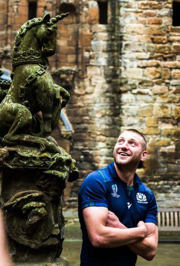 Finn Russell, qui a déjà disputé un Mondial il y a quatre ans, veut mettre toute son expérience au service de son pays. Photos Icon Sport