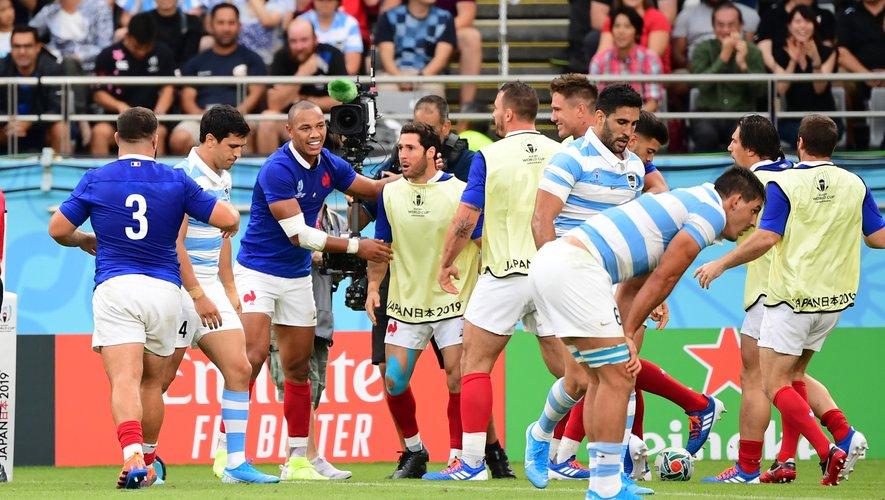 Gaël Fickou et les joueurs de l'équipe de France contre l'Argentine