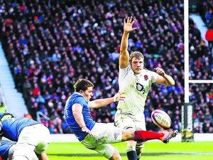 Les Tricolores ne devront pas faire l'économie du jeu au pied offensif pour déstabiliser le rideau gallois. Photo M. O. - D. P.