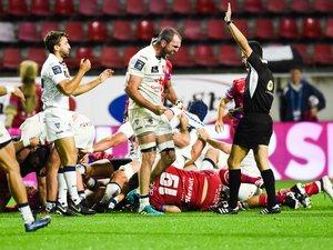 La joie de Romain Bezian après ce succès important sur la pelouse de Béziers.