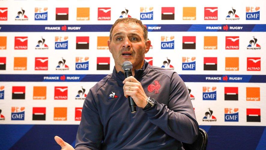 Raphael Ibanez lors de la présentation du nouveau staffe du XV de France