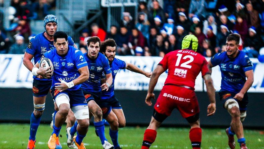 Alex Tulou (Castres) lors du franc succès contre Lyon.