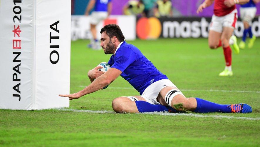 Charles Ollivon (France) contre le Pays de Galles