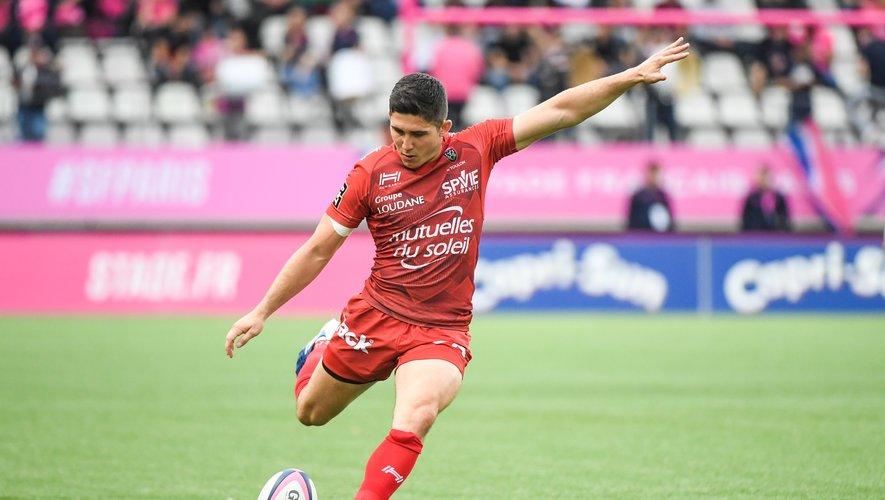 Anthony Belleau (Toulon) face au Stade français.