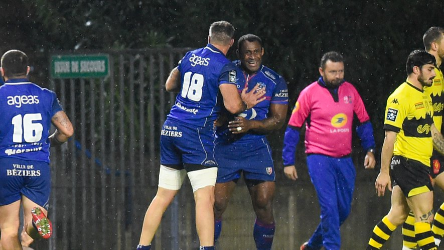 Uwanakoro TAWALO of Beziers celebrates a try during the Pro D2 match between Beziers and Carcassonne at Stade de la Mediterranee on December 13, 2019 in Beziers, France. (Photo by Alexandre Dimou/Icon Sport) - Uwa TAWALO - Stade de la Mediterranee - Béziers (France)