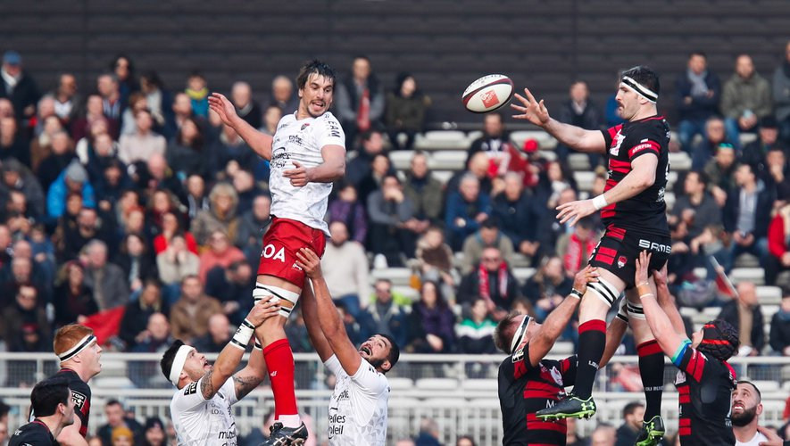 Liam GILL of Lyon and Hendrick Lambertus ROODT of Lyon during the Top 14 match between Lyon and Toulon at MATMUT Stadium on January 25, 2020 in Lyon, France. (Photo by Romain Biard/Icon Sport) - Matmut Stadium - Lyon (France)