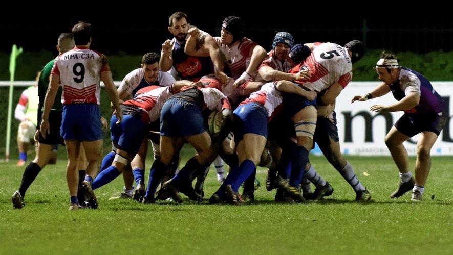 Le pack rieumois a été renouvelé à l'intersaison. À Toulouse, il a rivalisé avec le FCTT.