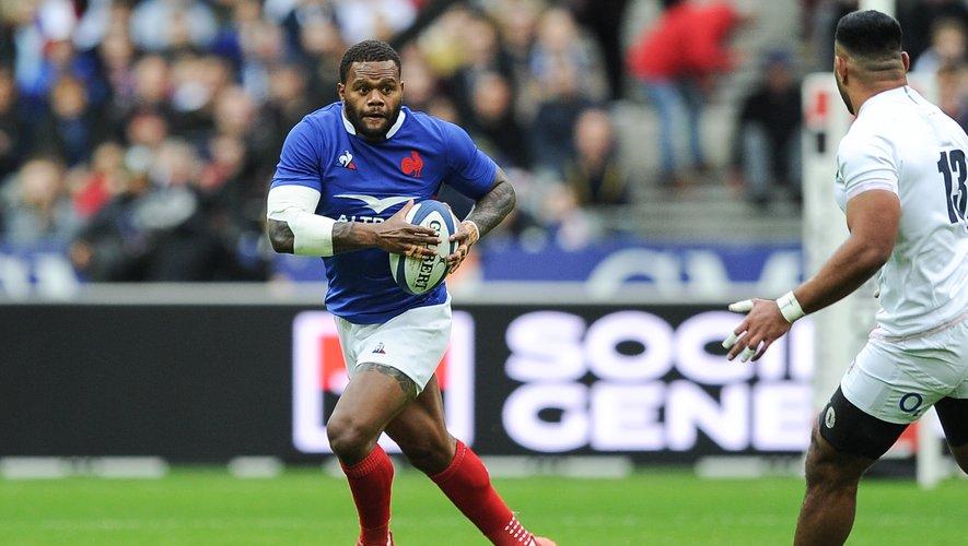 Virimi Vakatawa (France) contre l'Angleterre