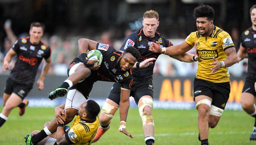 Face à des Jaguares en pleine forme, les Sharks de Lukhanyo Am se doivent de marquer leur territoire. Un sérieux teste pour la franchise de Durban, que d'aucuns voient déjà en finale. Photo Icon Sport