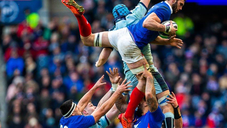Tournoi des 6 Nations 2020 - Charles Ollivon (France) contre l'Écosse