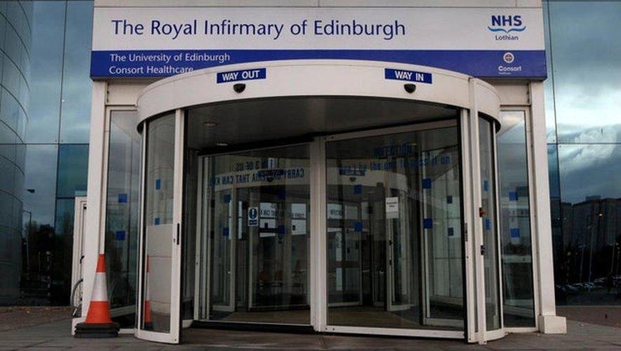 Bien que rapidement pris en charge, le supporter français est décédé à l'hôpital universitaire d'Edimbourg.