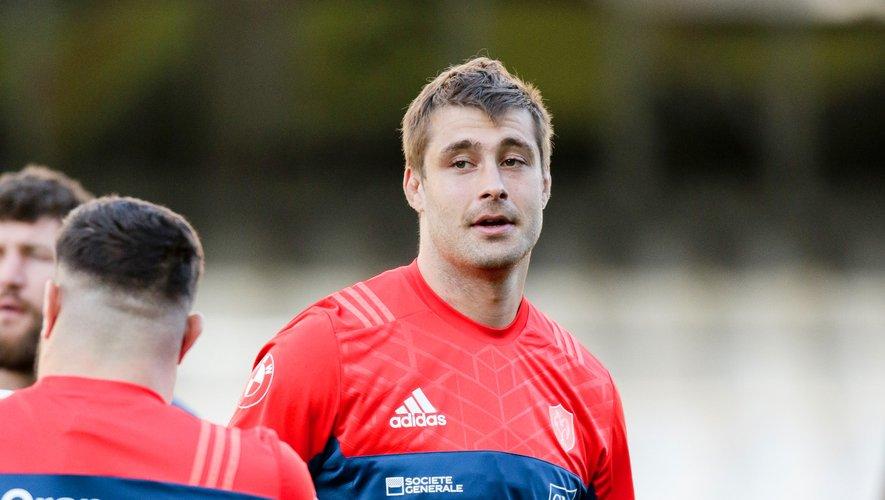 Julien Ledevedec avec le maillot de l'équipe de France de rugby en 2017