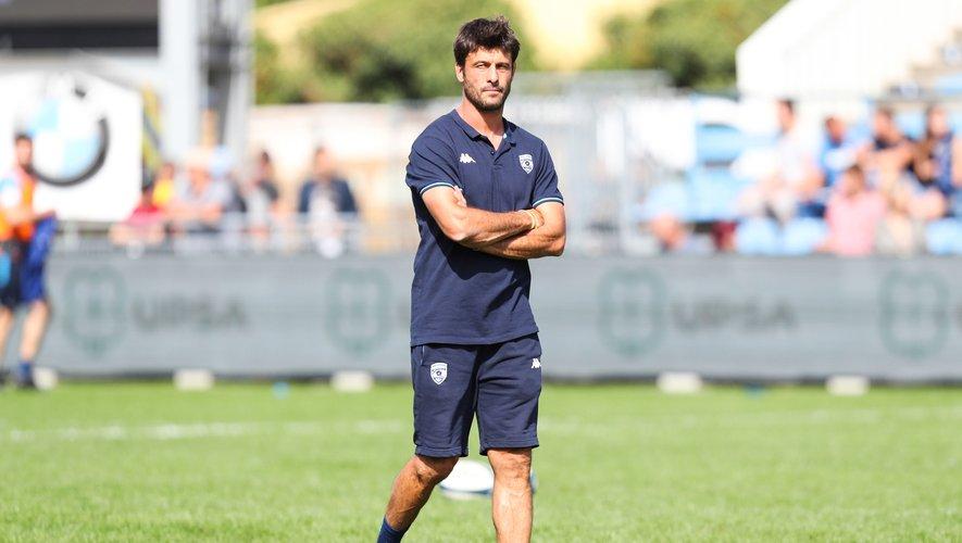 Les entraîneurs aussi, à l'image de Xavier Garbajosa et Jeremy Davidson, occupent leurs journées comme ils peuvent tout en gardant un œil sur le rugby.