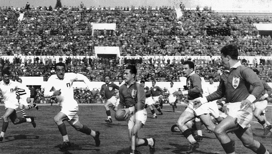 Rencontre entre France et Italie au Stade des Cent mille (maintenant Stade Olympique) à Rome
