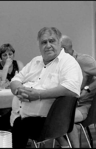 Jean-Paul Chevrot avait plusieurs vies en une : au delà de sa passion pour le rugby - président puis dirigeant de l'USVDR - et la musique, il a été  pâtissier, forestier, militant CGT et délégué au conseil national des prud'hommes. Photos collection personnelle Chevrot