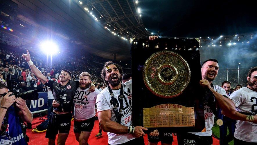 Les Toulousains de Yoann Huget et François Cros, champions de France en titre, devraient connaître leurs successeurs à la fin du mois d'août plutôt que le 18 juillet.