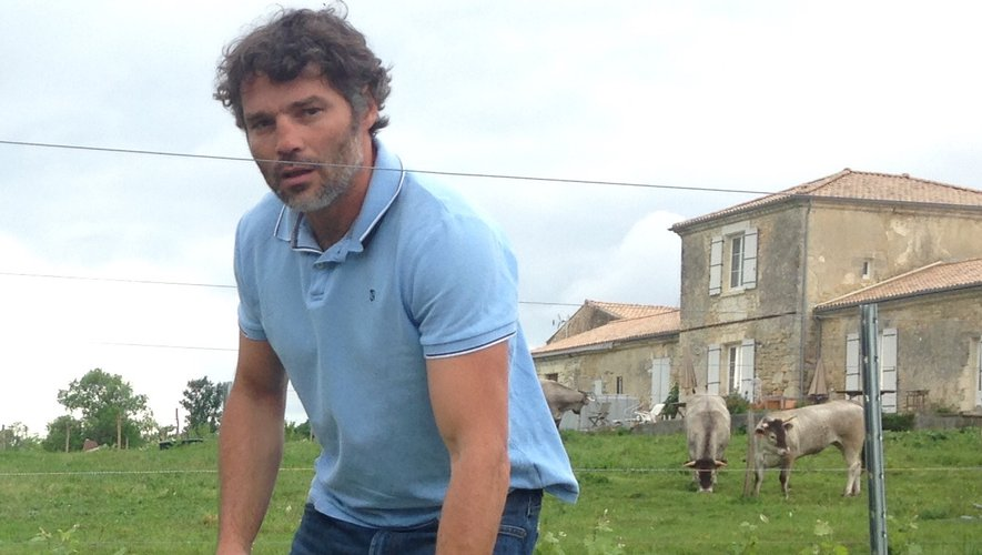 Benjamin Andreu et son épouse ont racheté une bâtisse en ruine dans le Médoc pour relancer une activité viticole. Les premières vendanges sont prévus pour cet automne.
