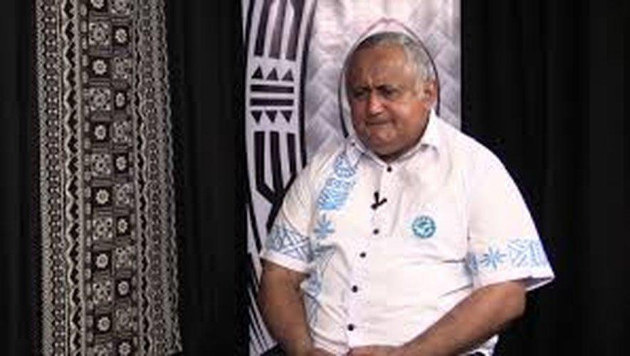Ratu Vilikesa Bulewa Francis Kean, président de la fédération fidjienne, et sujet à de nombreuses controverses, jette l'éponge.