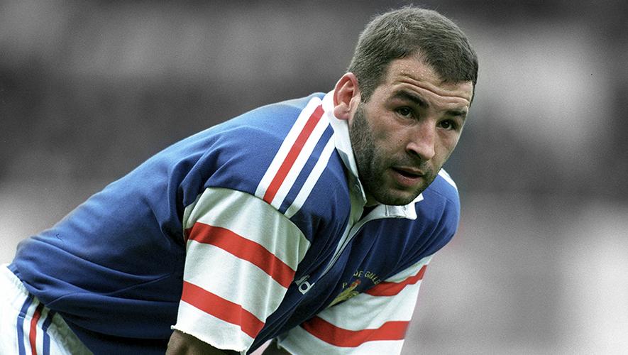 Illustre joueur de Brive notamment, Philippe Carbonneau n'aura pas connu l'aventure qu'il espérait avec le XV de France, la faute à son absence lors de la Coupe du monde 1999.