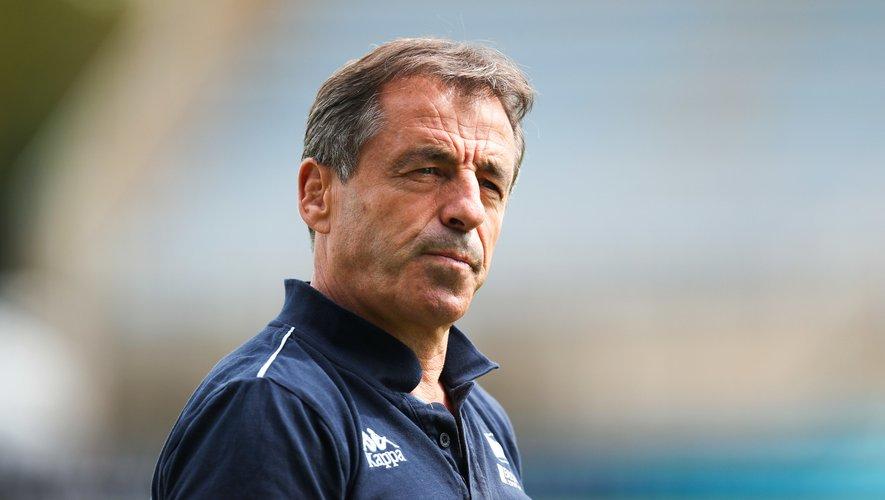 Pierre Berbizier, ancien sélectionneur des Bleus, s'inquiète d'une absence de projet à moyen et long terme.