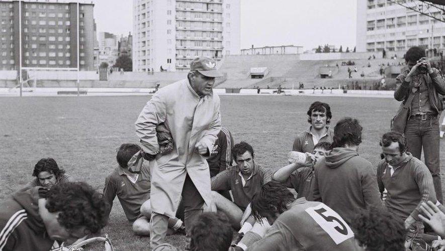 """Raoul Barrière, """"le sorcier de Sauclières"""", sextuple Champion de France et entraîneur du Grand Béziers des années 1970, créant une armada unique dans l'histoire du championnat français."""