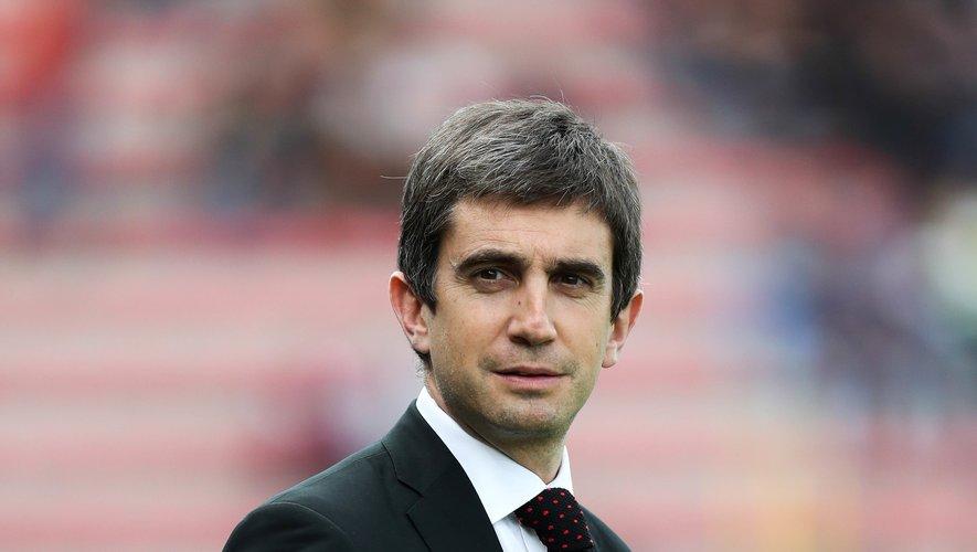 Le président du Lou, Yann Roubert, a prévenu ses joueurs: ce sera baisse de salaire ou dépôt de bilan du club lyonnais.