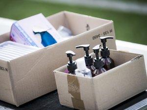 Des produits désinfectants utilisés pour nettoyer les ballons