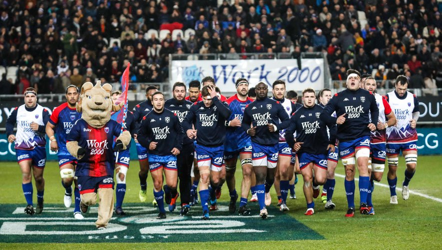 Team of Grenoble during the Pro D2 match between Grenoble and Perpignan at Stade des Alpes on February 13, 2020 in Grenoble, France. (Photo by Romain Biard/Icon Sport) - --- - Stade des Alpes - Grenoble (France)